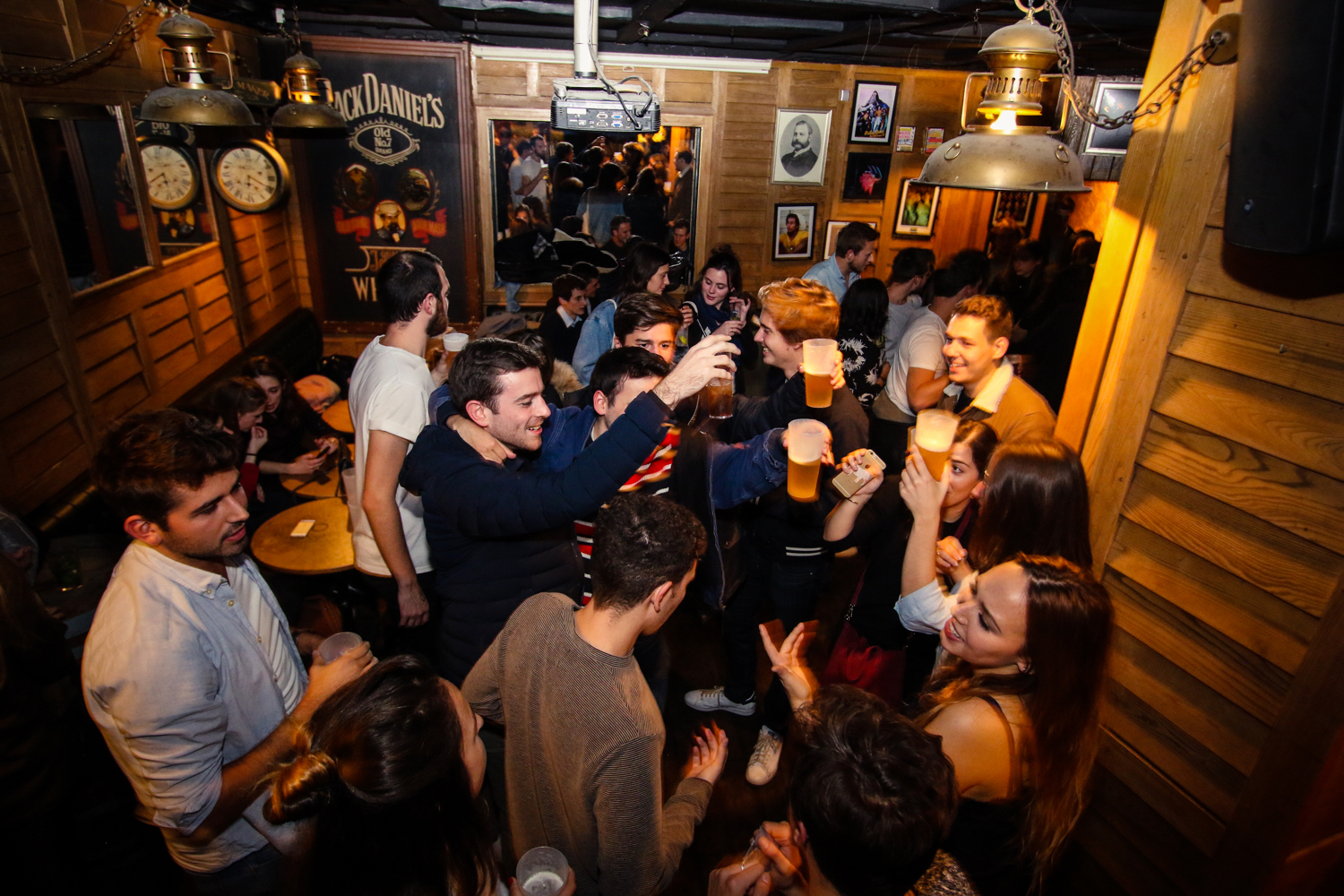 Bar Le French Flair clubbing – the french flair